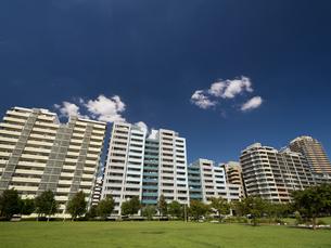 幕張の高層マンション街の写真素材 [FYI01201967]