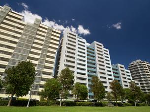 幕張の高層マンション街の写真素材 [FYI01201968]