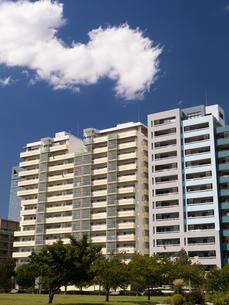 幕張の高層マンション街の写真素材 [FYI01201981]