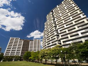 幕張の高層マンション街の写真素材 [FYI01201999]