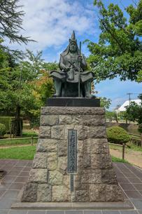 米沢市上杉神社の上杉謙信像の写真素材 [FYI01202181]
