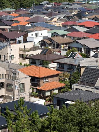 住宅街の写真素材 [FYI01202381]