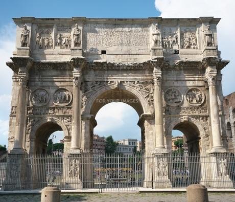 コンスタンティヌスの凱旋門の写真素材 [FYI01203145]
