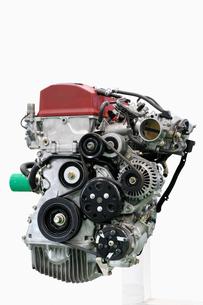 取り外した自動車のエンジンの写真素材 [FYI01203249]
