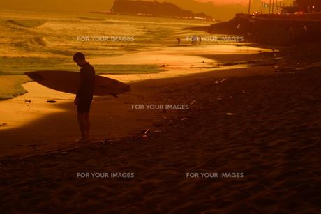 サンセットビーチ4の写真素材 [FYI01203440]