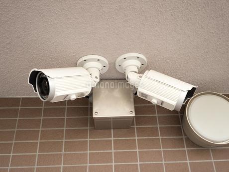 マンションの防犯カメラの写真素材 [FYI01203639]