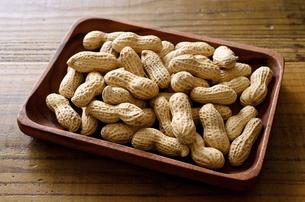 ピーナッツ 殻付きの写真素材 [FYI01204698]