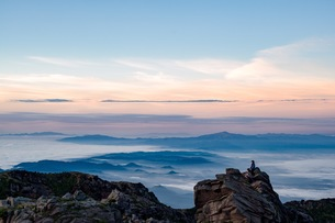 鳥海山 雲海の写真素材 [FYI01205525]