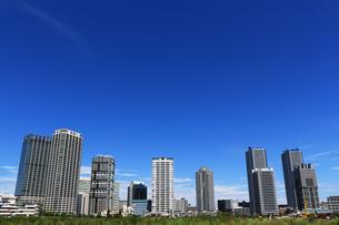 横浜ポートサイド地区の高層マンションの写真素材 [FYI01205647]
