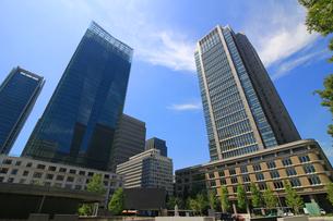 東京の丸の内のビジネス街の写真素材 [FYI01205664]