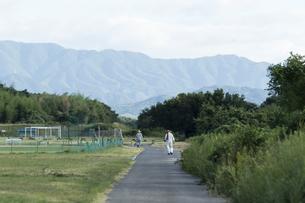 散歩の写真素材 [FYI01205864]