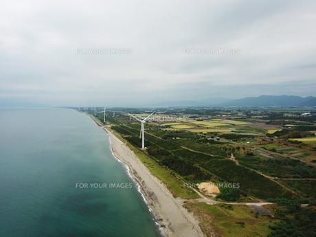 新潟県村松浜の海岸の写真素材 [FYI01206209]