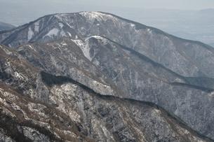 塔ノ岳より三ノ塔の写真素材 [FYI01206344]