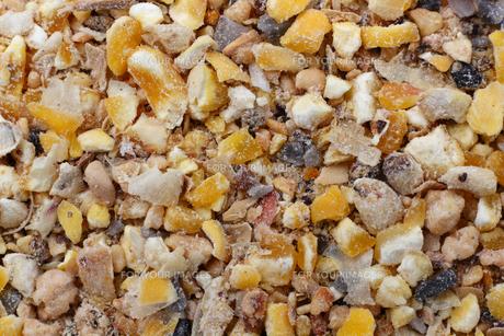 鶏の餌 鶏のためのコーンミックス,配合飼料の写真素材 [FYI01206491]