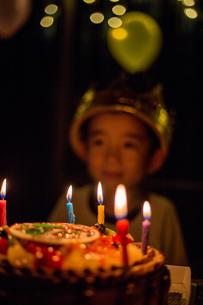 お誕生日 男の子の写真素材 [FYI01207030]