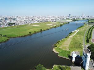 江戸川上空の風景の写真素材 [FYI01207431]