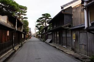 近江八幡の町並み 歴史の道の写真素材 [FYI01208074]