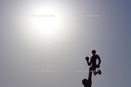 お台場のジョギングコースの立体的な標識の写真素材 [FYI01208303]