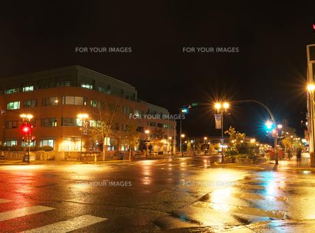 夜のホワイトホースメインストリートの写真素材 [FYI01209458]