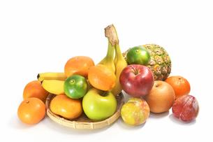 白背景のフルーツの写真素材 [FYI01209506]