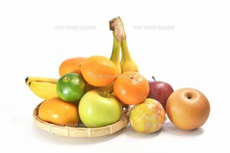 白背景のフルーツの写真素材 [FYI01209507]