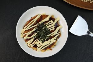 山芋のお好み焼きの写真素材 [FYI01209875]