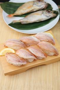 ノドグロの炙り寿司の写真素材 [FYI01210502]