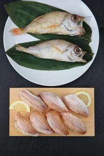 ノドグロの炙り寿司の写真素材 [FYI01210505]