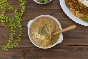 にんにくスープの写真素材 [FYI01210632]