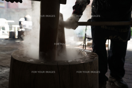 餅つき5の写真素材 [FYI01211116]