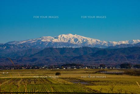 日本三大霊山 白山 石川県加賀市からみた風景の写真素材 [FYI01211396]