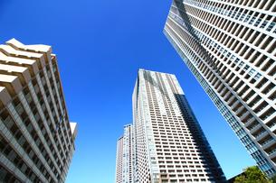 東京のタワーマンションの写真素材 [FYI01211403]