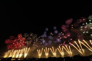花火の写真素材 [FYI01211462]