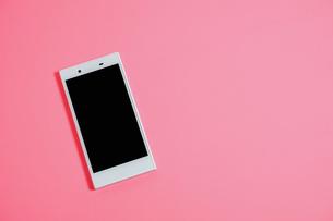 スマートフォン シンプルコレクション カラーバリエーションの写真素材 [FYI01211932]
