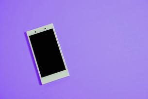 スマートフォン シンプルコレクション カラーバリエーションの写真素材 [FYI01211936]