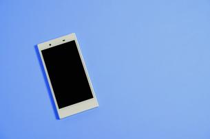 スマートフォン シンプルコレクション カラーバリエーションの写真素材 [FYI01211937]