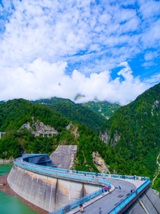 黒部ダムの写真素材 [FYI01212001]
