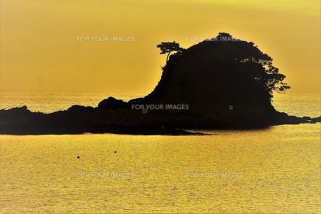 伊勢志摩白浜海岸(夕景)の写真素材 [FYI01212333]