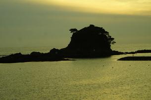 伊勢志摩白浜海岸(夕景)の写真素材 [FYI01212334]
