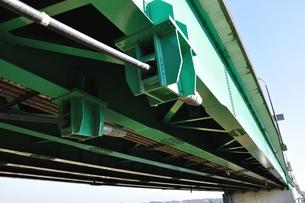 相模川に架かる橋 座架依橋の写真素材 [FYI01212395]