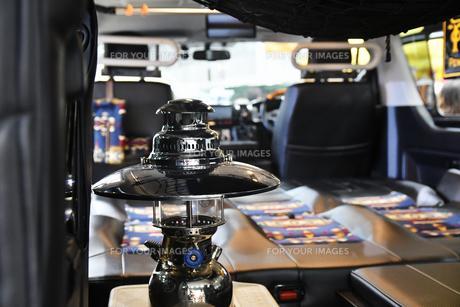 キャンピングカーの室内の写真素材 [FYI01212628]