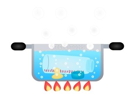 哺乳瓶の消毒 煮沸のイラスト素材 [FYI01212796]