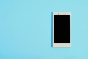 スマートフォン シンプルコレクション カラーバリエーションの写真素材 [FYI01212969]