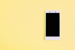 スマートフォン シンプルコレクション カラーバリエーションの写真素材 [FYI01212970]