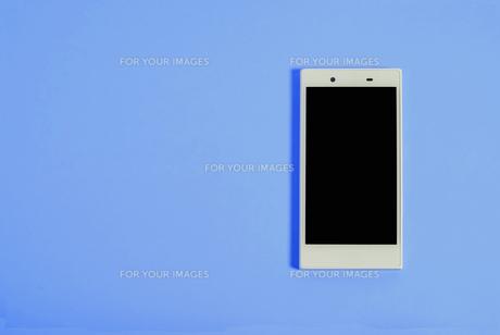 スマートフォン シンプルコレクション カラーバリエーションの写真素材 [FYI01212973]
