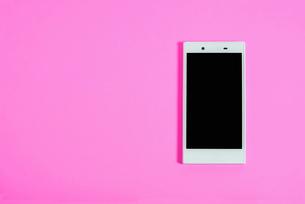 スマートフォン シンプルコレクション カラーバリエーションの写真素材 [FYI01212974]