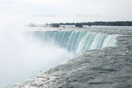 ナイアガラの滝の写真素材 [FYI01213219]