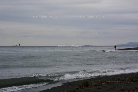 秋のビーチ・季節の背景素材の写真素材 [FYI01213753]