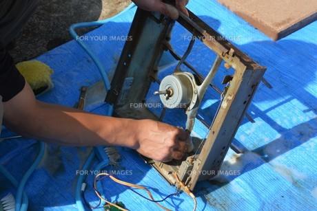 換気扇清掃・ハウスクリーニングの写真素材 [FYI01215059]