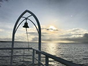 石垣島  幸せの鐘の写真素材 [FYI01215119]